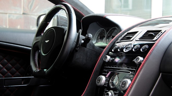 1920x1080 wallpapers: aston martin, dbs, 2011, salon, speedometer, steering wheel, pretty pic (image)