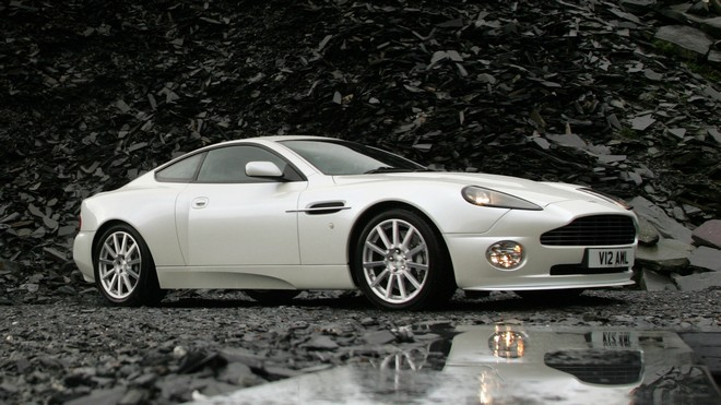 1920x1080 wallpapers: aston martin, v12, vanquish, 2004, aston martin, reflection, side view, fine photo (image)
