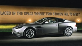 aston martin, 2001, gray, side view, auto, aston martin, v12, vanquish, asphalt - wallpapers, picture
