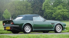 aston martin, v8, vantage, 1984, green, side view, auto, aston martin, trees - wallpapers, picture