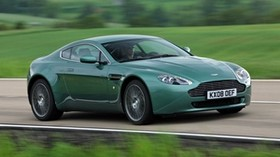 aston martin v8 vantage, 2008, green, side view, speed, nature - wallpapers, picture