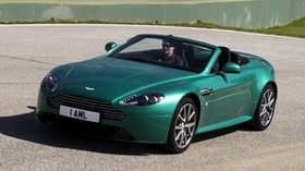 aston martin, v8, vantage, 2011, green, front view, style, aston martin, asphalt - wallpapers, picture