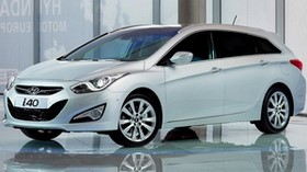 Hyundai, white, black, auto - wallpapers, picture