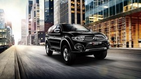 mitsubishi, pajero, side view, black, city, traffic - wallpapers, picture