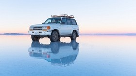 toyota land cruiser, toyota, off-road vehicle, old, white, water, shallow water, off-road - wallpapers, picture