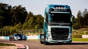 volvo, fh, koenigsegg, 2014, supercar, turn, car - wallpapers, picture